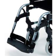 70º standard footrest height adjustable and removable